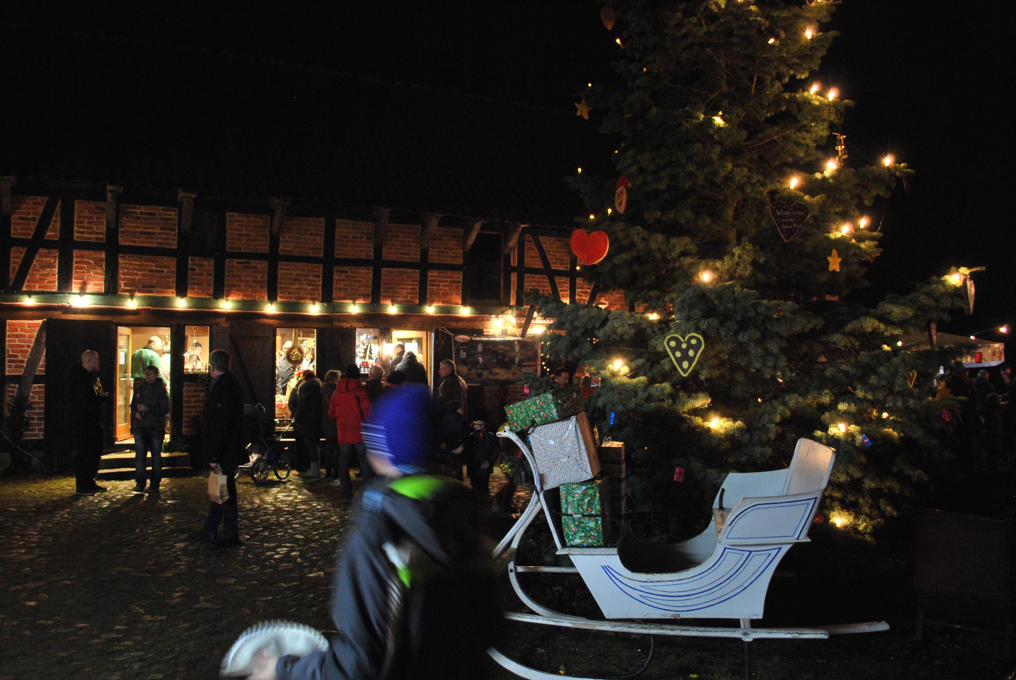Weihnachtsmarkt Salzwedel.Altmarkkreis Salzwedel Historischer Weihnachtsmarkt Im